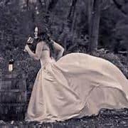The Artful Dressmaker